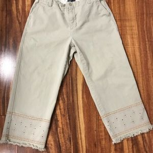 Vintage 99' Gap docker style cropped pants
